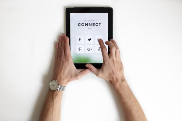 Online marketing - socials