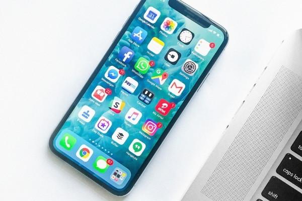 Social media advertising - smartphone